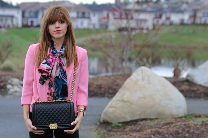 Vince Camuto pink blazer, Alberto Makali Nordstrom Scarf, Chanel le boy bag in black and gold, michael kors watch, aritzia leggings, seattle, fashion to follow, amanda